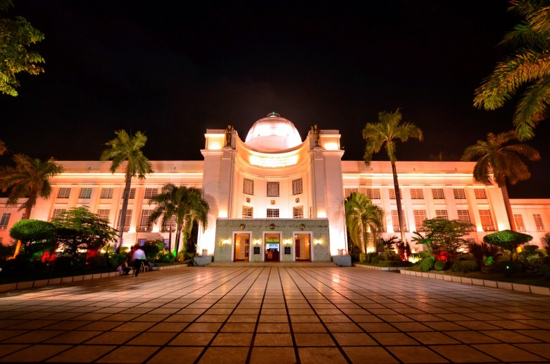 Cebu Provincial Capitol Building, Cebu City, venue for the Global Voices Summit 2015. From Wikimedia Commons. Photo by Allan Jay Quesada.